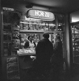 Kiosk1951