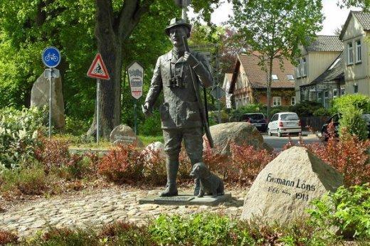 Hermann Löns Statue Walsrode