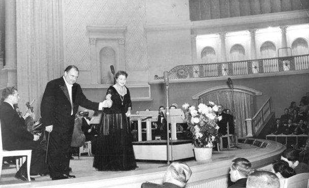 Franz Konwitschny und Margarete Klose 1955.jpg