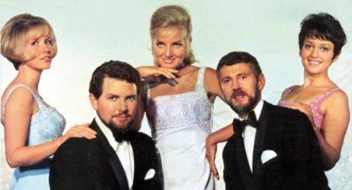 Rosy Singers2.jpg