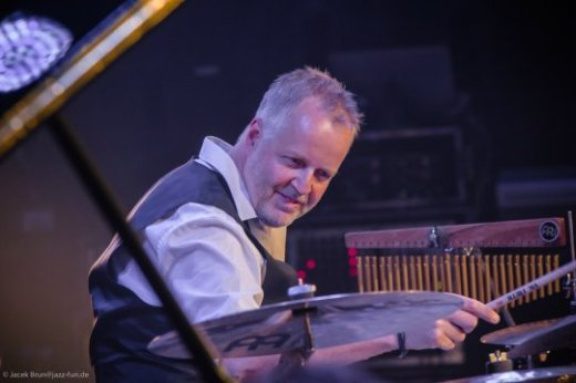 Wolfgang Haffner6